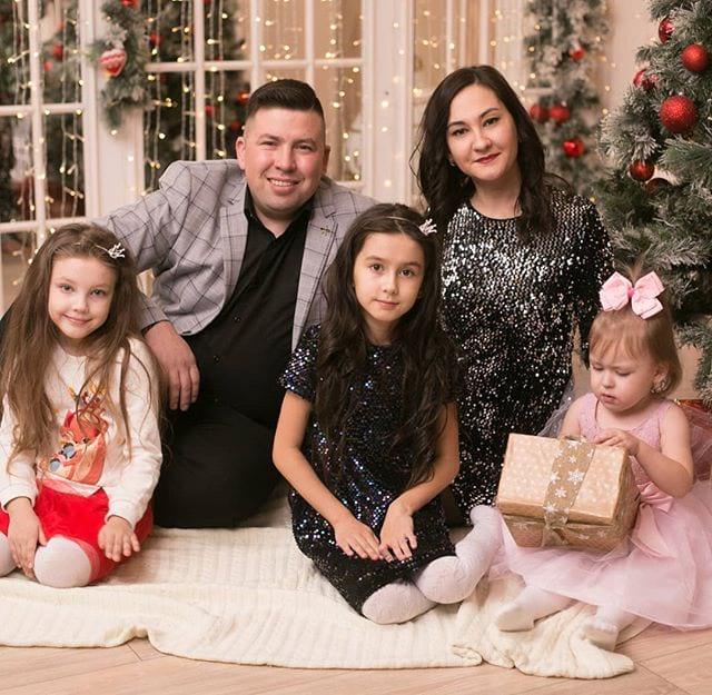 Эдуард Хуснутдинов и его семья