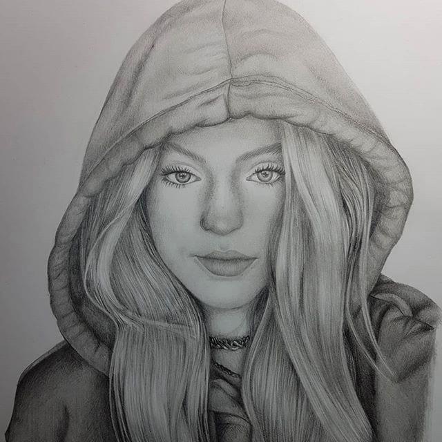 Riley Hubatka рисунок карандашом