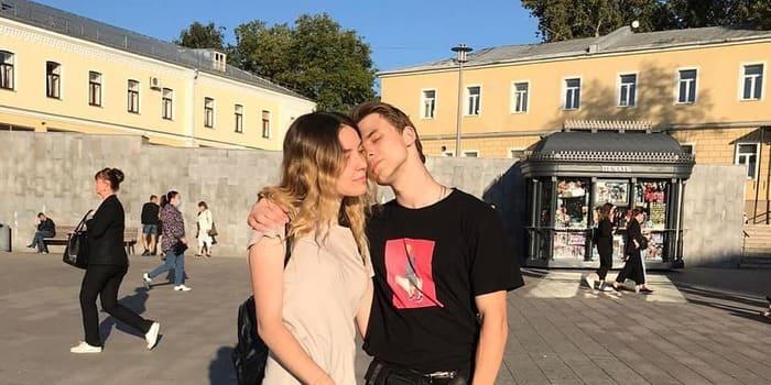 Сергей Галухин и его девушка Надежда